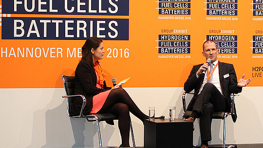 "Interview mit Mathias Bode auf der Hannover Messe 2016 zum Thema ""Latest trends in battery and fuel cell testing"""